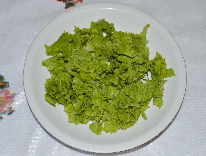 Рвем листья салаты