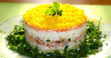 Классический салат Мимоза. Топ 5 рецептов с консервой и сливочным маслом
